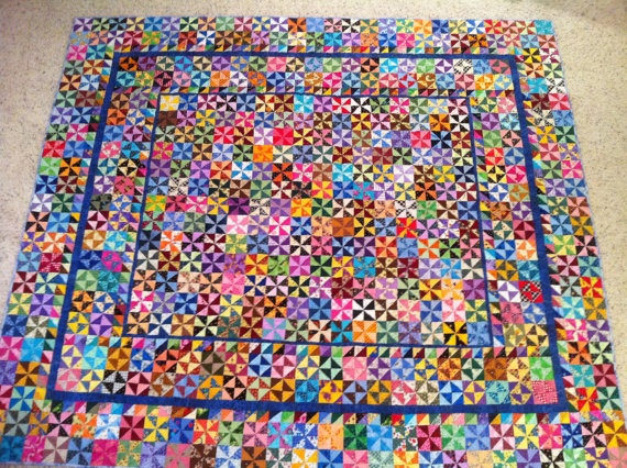 Fun fun!Quilt Sewing, Quilts Pinwheels, Quilts Sewing, Piece Quilt, Scrappy Pinwheels, 01 Quilt, Pinwheels Quilt, Quilt Pinwheels