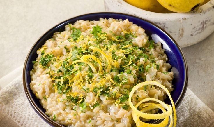 Ριζότο λεμονιού με μαϊντανό και παρμεζάνα