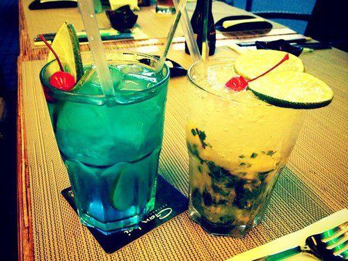 Pyszne drinki w Chacie Grillowej – idealne na letnie dni. Zapraszamy!