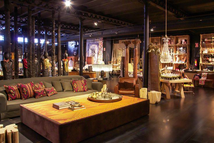 Azul tierra ofrece metros cuadrados de showroom con - Azul tierra barcelona ...