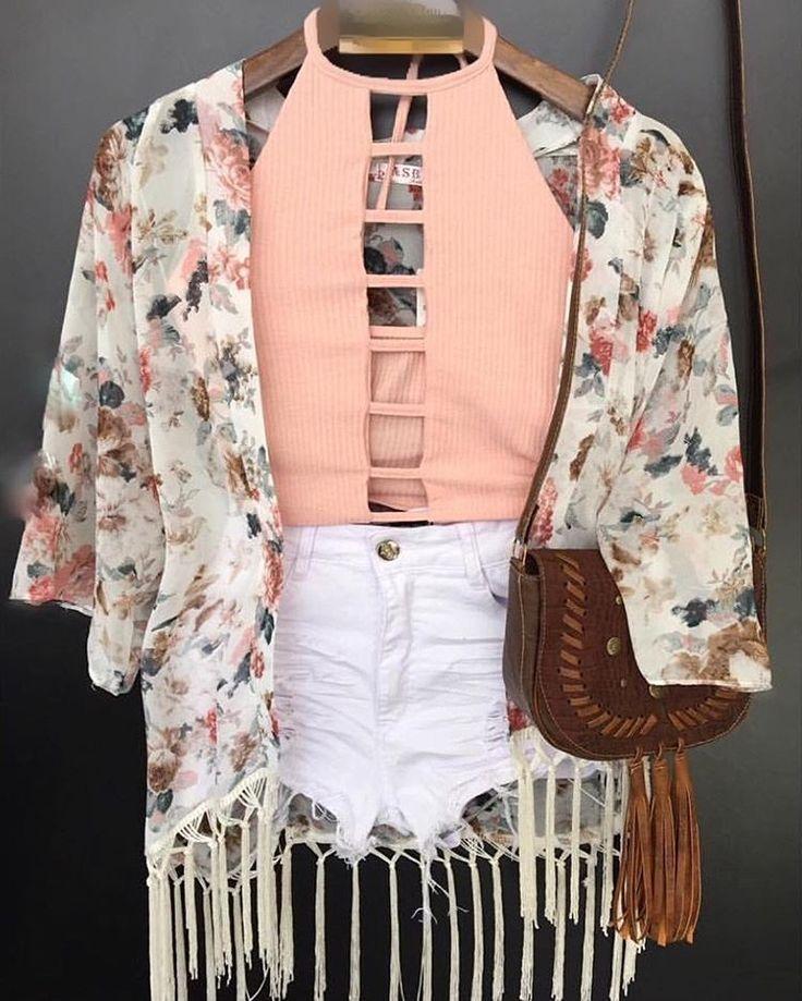 Hoje é dia de coleção nova meninas!!!! Nosso look maraaaa voltou!!!! Short e kimono já disponíveis e crooped até o fim do dia em todas lojas!!! 😍😍😍 #euvoudeminisaia #vempraminisaia #minisaiapraiadacosta #minisaimoxuara #minisaiamestrealvaro #minisaiacampos #coleçaonova  Amou as peças e quer comprar?  Mini Saia em Vila Velha  Hugo Musso, 426 loja 3 - Referências: um quarteirão antes do Posto Champagnat , perto da sorveteria La Basque, da loja da Ortobom.. Tel:3072-3207  Mini Saia em…