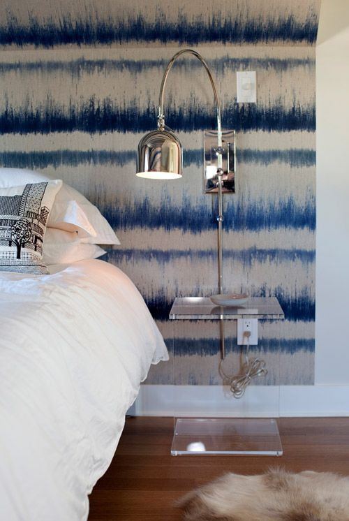 blue and white contemporary wallpaper