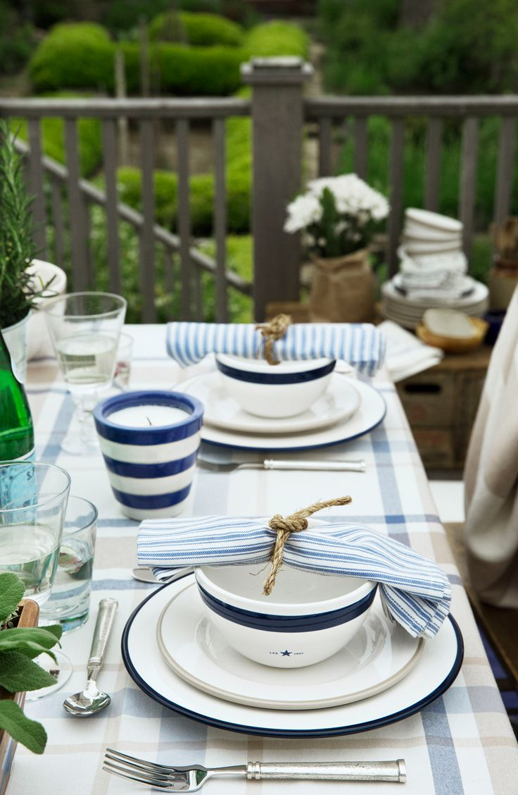 Striped napkins for spring dinners!