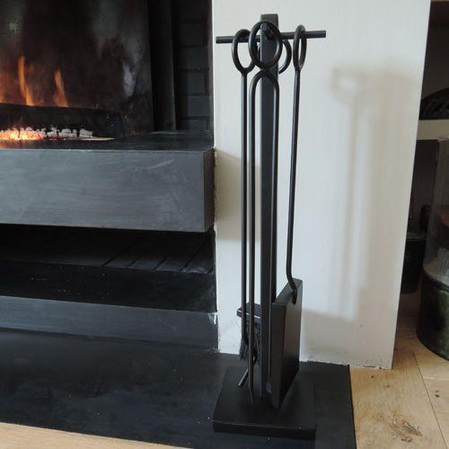 Serviteur de cheminée en métal noir GM decoclico Factory : Decoclico