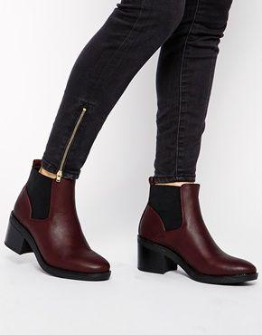 Image 4 ofNew Look Elmo Red Block Heel Chelsea Boots