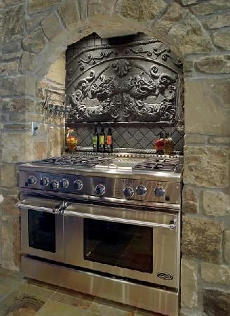 GothicGothic Home, Back Splashes, Kitchens Design, Dreams, Stones Wall, Built In Stoves, Design Kitchens, Modern Kitchens, Gas Stoves