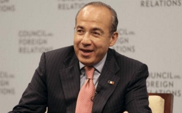 Felipe Calderón difunde imagen falsa desde Las Vegas para atacar a Morena