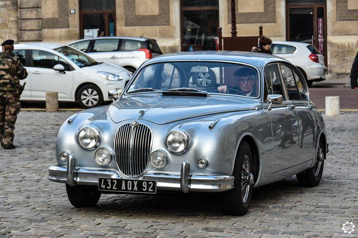 1131 best vintage car images on pinterest old school cars vintage cars and antique cars. Black Bedroom Furniture Sets. Home Design Ideas