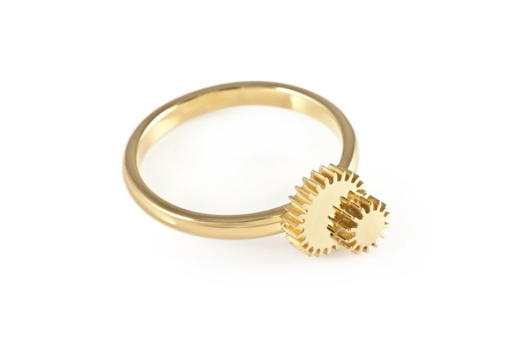 Double Winding Wheel Gold Ring