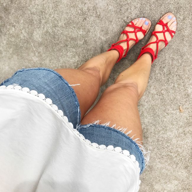 Summe Shoes | I'm obsessed with these Sam Edelman sandals!  I find this brand to be great quality and their shoes are comfortable and really well made.  Every pair I have, have lasted for years.