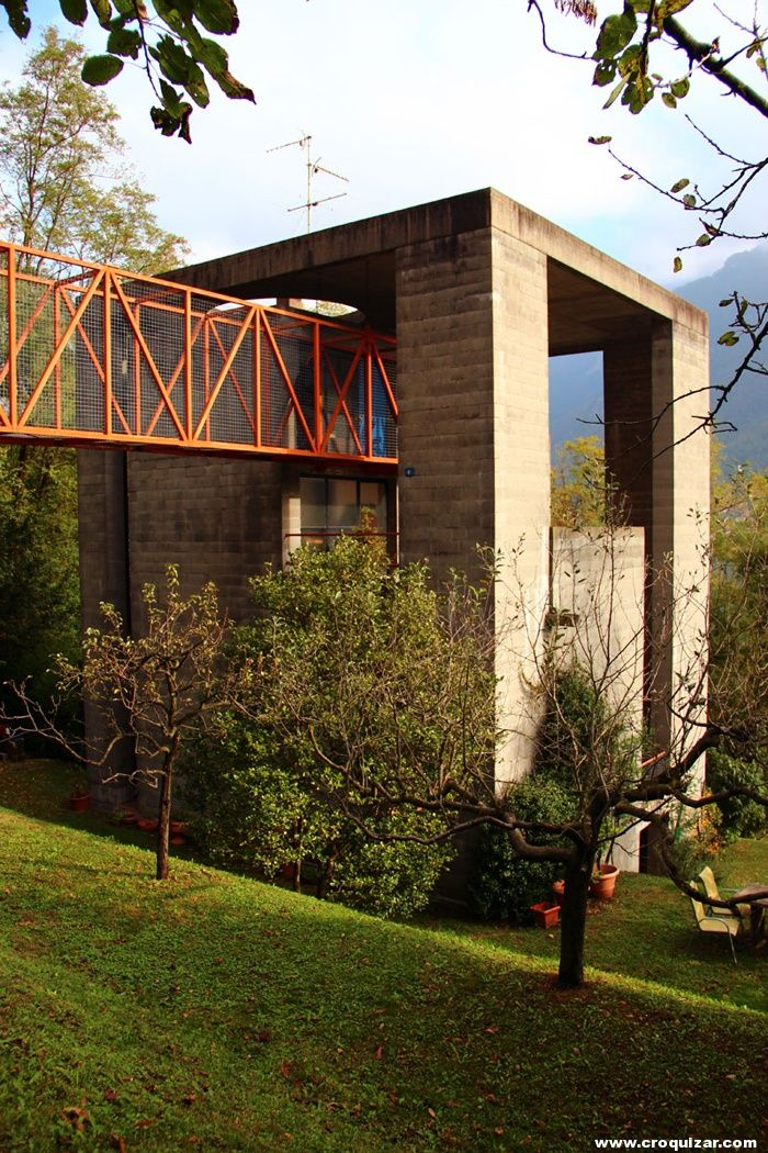 69 best images about mario botta on pinterest arosa for Casa interni bianchi