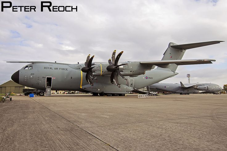 https://flic.kr/p/PtDdet | ZM400 / Royal Air Force / Airbus A400M Atlas C1 | Seen on static display at ACPV 2016, the RAF's newest airlift aircraft. This Atlas is operated by 70 Squadron. Canon 7D Sigma 10-20