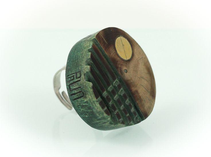 Nest ring, walnut wood/bronze, diam. 4 cm. www.leontinpaun.ro Buy online - www.fine-art.ro