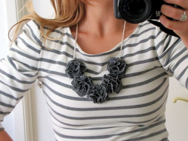 No sew flower necklace