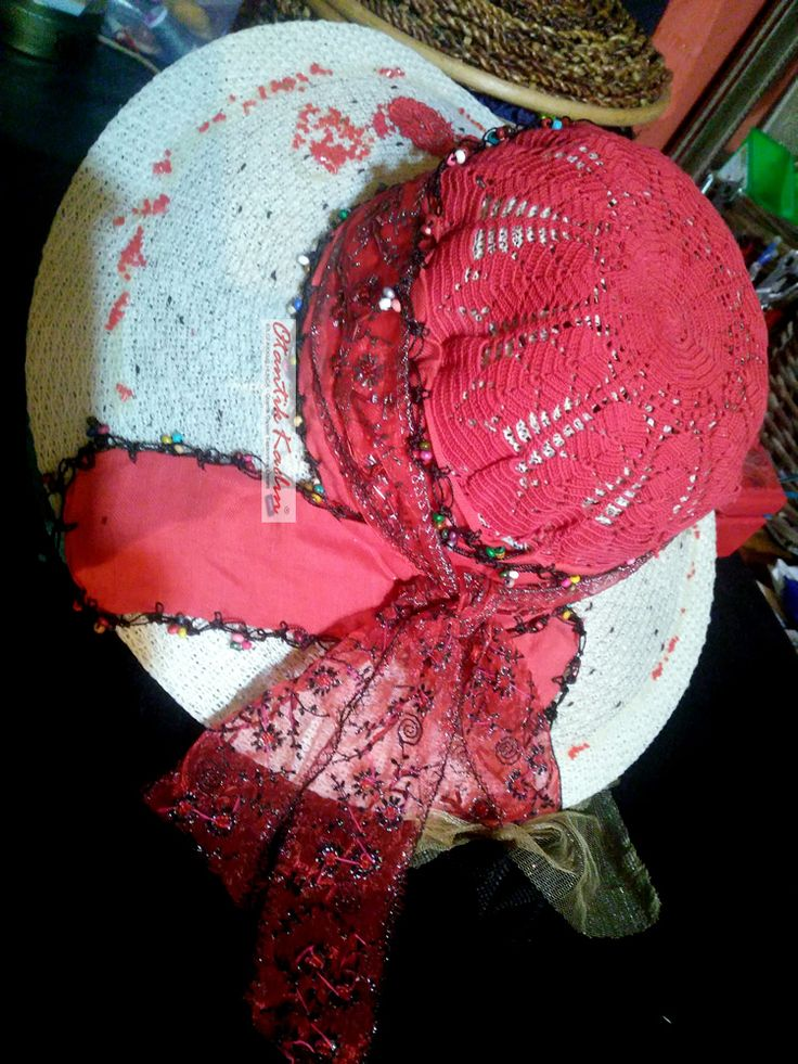 Otantik Yazlık Kırmızı Dantelli Şapka | Otantik Kadın, Otantik Giysiler, Elbiseler,Bohem giyim, Etnik Giysiler, Kıyafetler, Pançolar, kışlık Şalvarlar, Şalvarlar,Etekler, Çantalar,şapka,Takılar
