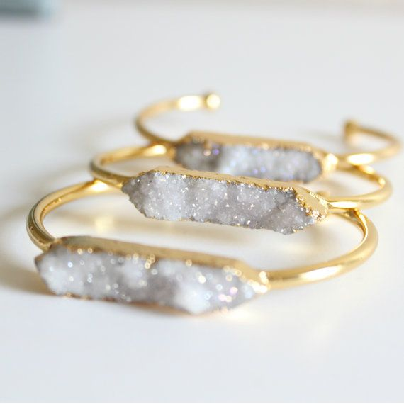 The 2017 fashion trends are calling your bridesmaids to keep their accessories game strong! While there are endless ways to thank your girls for standing by your side, nothing is quite as meaningful as a gift they can actually wear or use on the big day, then keep for a lifetime to reflect the sweet …