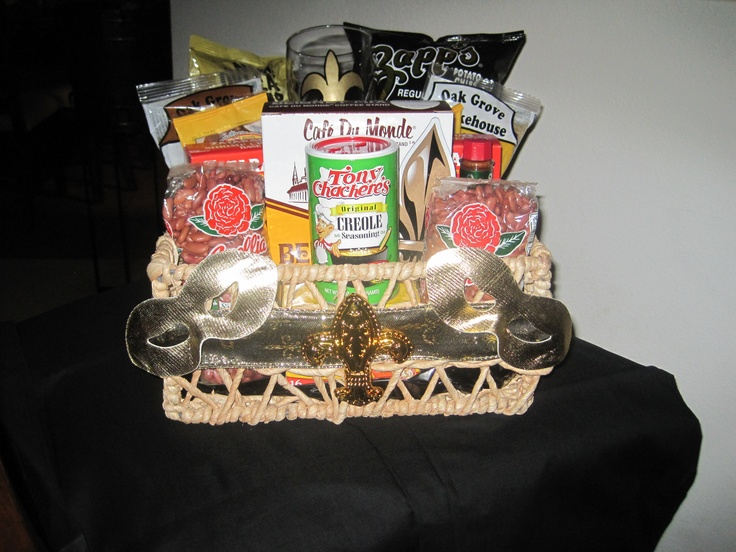 A Taste of New Orleans Gift Basket | Thing's to try | Pinterest ...