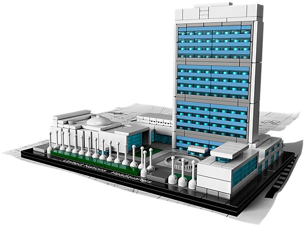 Enjoy this imaginative interpretation of the UN Headquarters in LEGO bricks!