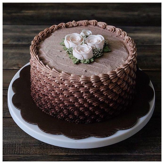 Mẫu bánh GATO socola mới. Sáng thứ 4 mình ship bánh .. Bạn nào đặt bánh thì order trước nha Liên hệ smszalo: 0122.307.3837 Ghé @as.if_cake xem thêm mẫu  by as.if_cake