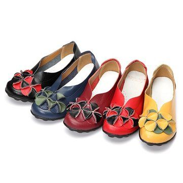 Socofy Flower Decoration Leather Soft Sole Slip On Flat Comfortable Shoes