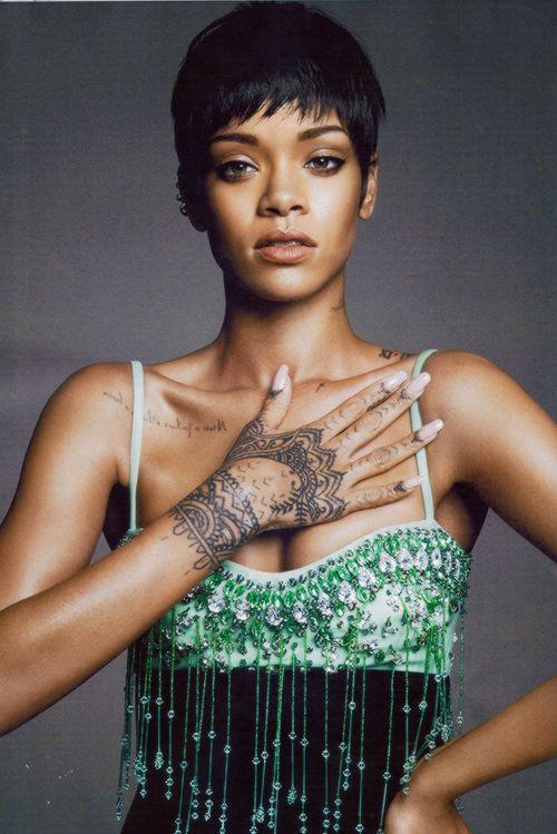 fashizblackdiary:  Rihanna for VOGUE (march 2014).