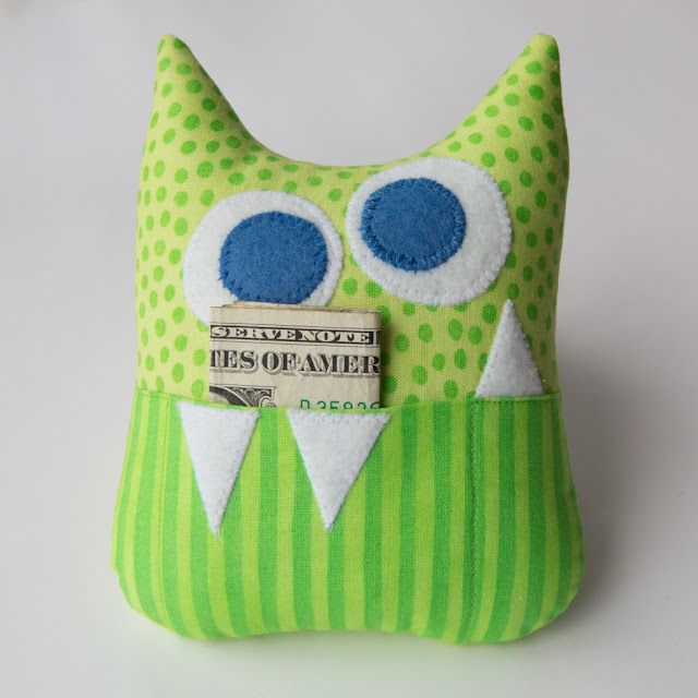 March 12 - Little Monster Tooth Fairy Pillow & 25+ unique Tooth fairy pillow ideas on Pinterest | Tooth pillow ... pillowsntoast.com