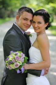 Steps To Planning A Wedding. Even has a wedding cost breakdown in percentages