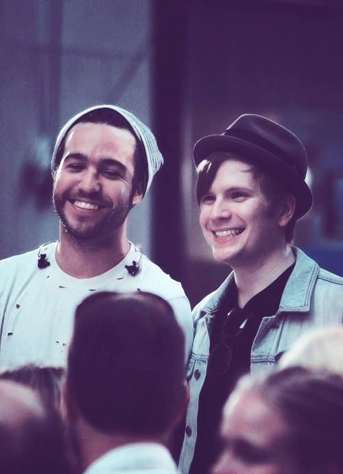 There the cutest thing ever.There equally hot.And there's no telling which ones smexyier.