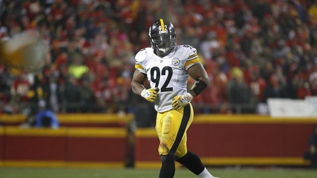 Pittsburgh Steelers linebacker James Harrison shows off his strength with one-handed Danneyball throws