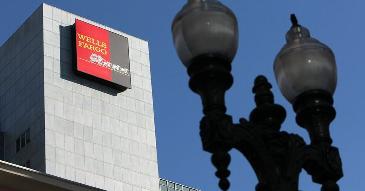 Cómo encontrar sucursales del banco Wells Fargo. La fusión de Wells Fargo con Wachovia creará una red de bancos que proveen servicios en 40 estados además del Distrito de Columbia. Los bancos operan bajo el nombre de Wells Fargo en 35 estados. Hasta el 2011 los bancos Wells Fargo que continuaban operando como Wachovia estaban ubicados en el Distrito de Columbia, el sur de Florida, Maryland, ...