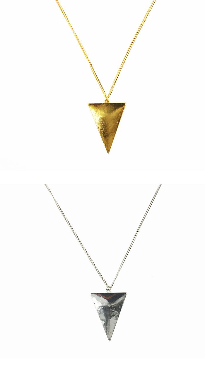 Collier long avec pendentif triangle http://www.shusee.com/bijoux-fantaisie/76-collier-long-avec-pendentif-triangle.html