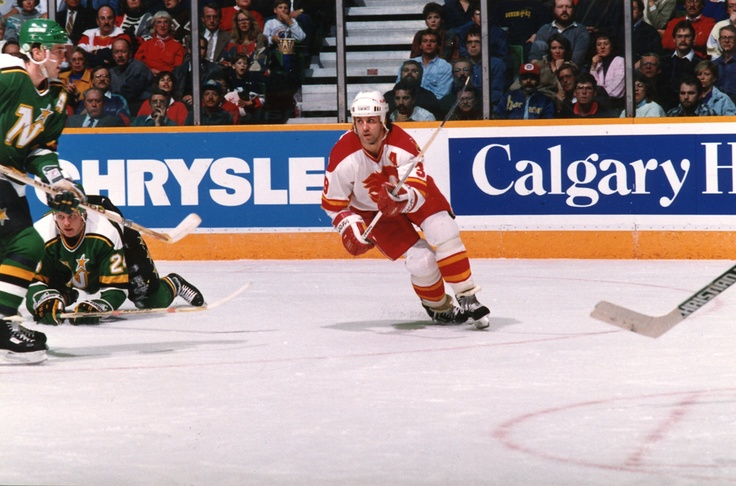 Doug Gilmour posted 85 points in his first season with the Flames, scoring 26 goals and 59 assists.