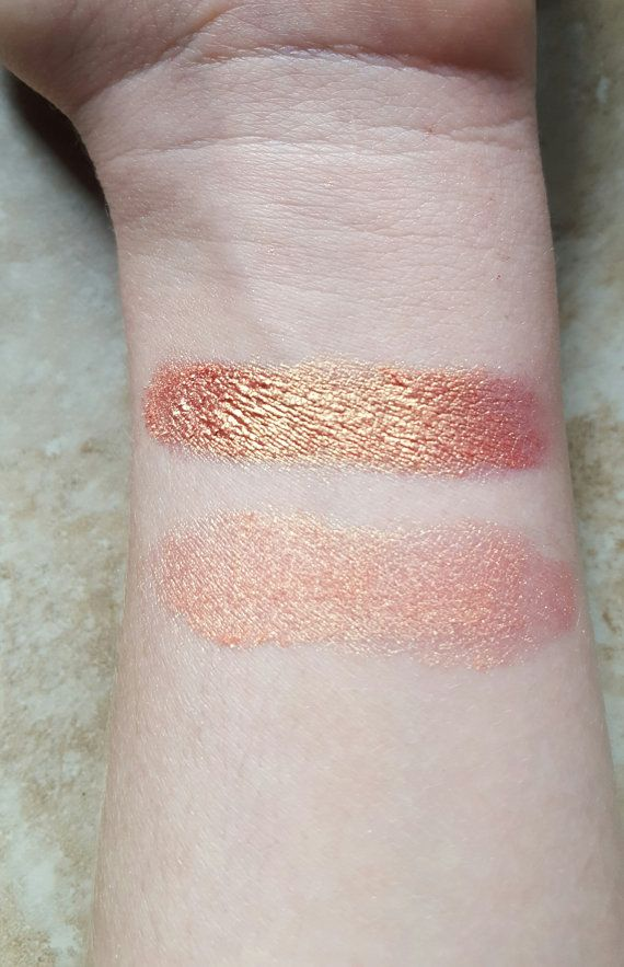 ***APHRODITE***  This eyeshadow is a gorgeous peachy, orange-gold, that has a lot of versatility. It is very intense when foiled, showing off the true shimmering pigment, or it can be a subtle highlighter when dry! Inspired by the Greek Goddess of love and beauty, Aphrodite. When mixed with a mixing medium, it can also be used as an eyeliner.  All natural, hand-crafted loose eyeshadow. All products are free from talc, bismuth oxychloride, and other cheap fillers.  Please note that the color…