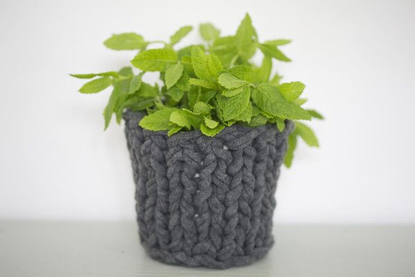 knitted pot - http://www.mikmax.com/collections/all