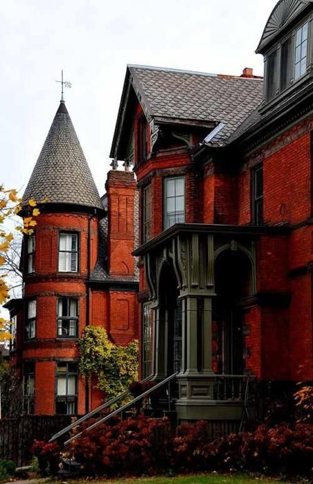 Victorian House, Montreal, Canada  photo via erins: Dreams Houses, Dreams Home, Brick, Victorian Home, Old Houses, Front Entrance, Gothic Architecture, Victorian Houses, Montreal Canada