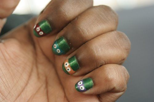 Teenage mutant ninja turtles fingernails; if I had known about these when Ryan was lil, they wdv bn a must!! LOL