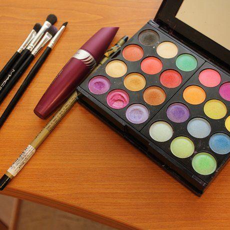 Как накрасить глаза тенями, чтобы получить красочный весенний макияж | Expertoza