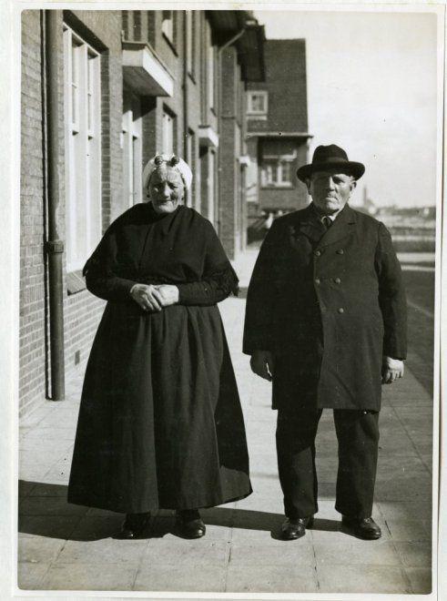 60 Jarig huwelijk van het echtpaar Westerduin. 1933 Polygoon #ZuidHolland #Scheveningen