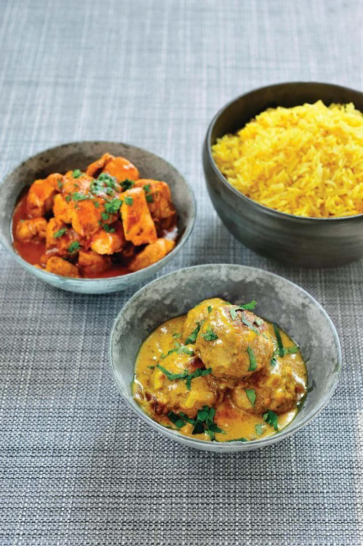 """Het lekkerste recept voor """"Zachte gele curry met lamsvlees en citroenrijst"""" vind je bij njam! Ontdek nu meer dan duizenden smakelijke njam!-recepten voor alledaags kookplezier!"""