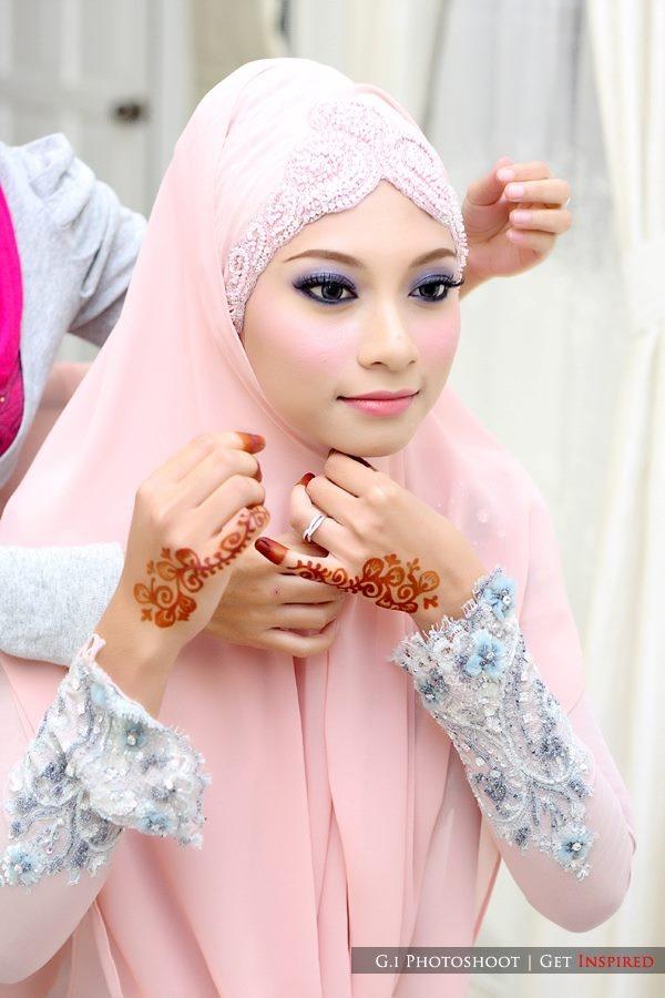 Wearing shawl