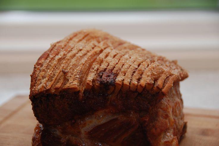Ribbensteg med sprød svær - stegt 90 minutter i ovn