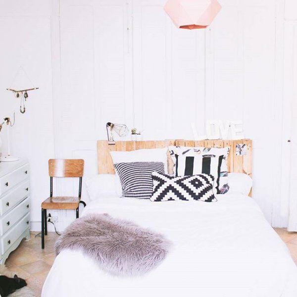 Tete de lit réalisée en palettes / Palets DIY home