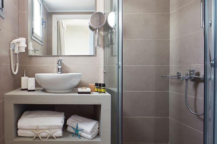 Βρείτε τώρα την καλύτερη πρόταση διαμονής στο Ξυλόκαστρο σε πλήρως ανακαινισμένα δωμάτια και οικογενειακές σουίτες! Γιορτάστε το καλοκαίρι του 2016 στο Gardens Gallery Hotel και κάντε την κράτησή σας ηλεκτρονικά στο http://goo.gl/Ln3L8P  Find now the best accommodation in Xylokastro in totally renovated rooms and fami
