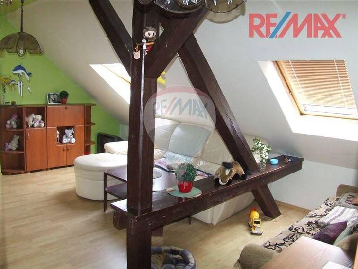 K prodeji podkrovní byt 2+1(81m2) v cihlovém domě na klidném místě v Jeseníku. | Reality RE/MAX