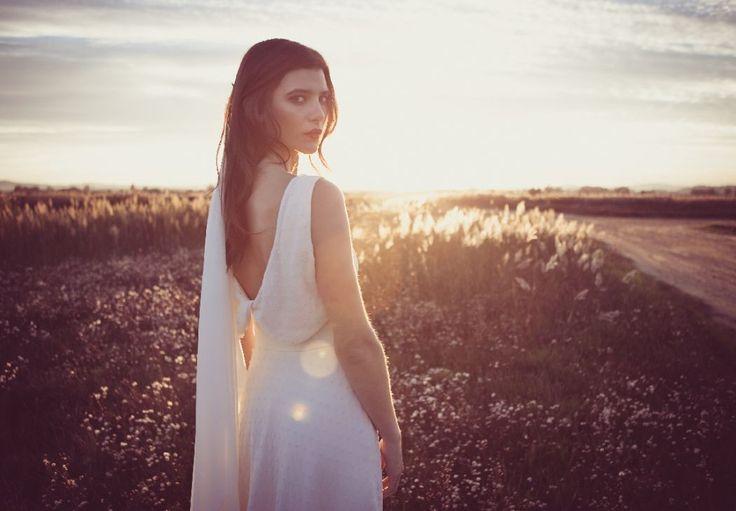 Tiendas de vestidos de novia - Barea - Novia. Fotos de vestidos, Precios, Opiniones, Disponibilidad y Teléfono. El vestido más maravilloso te espera aquí.