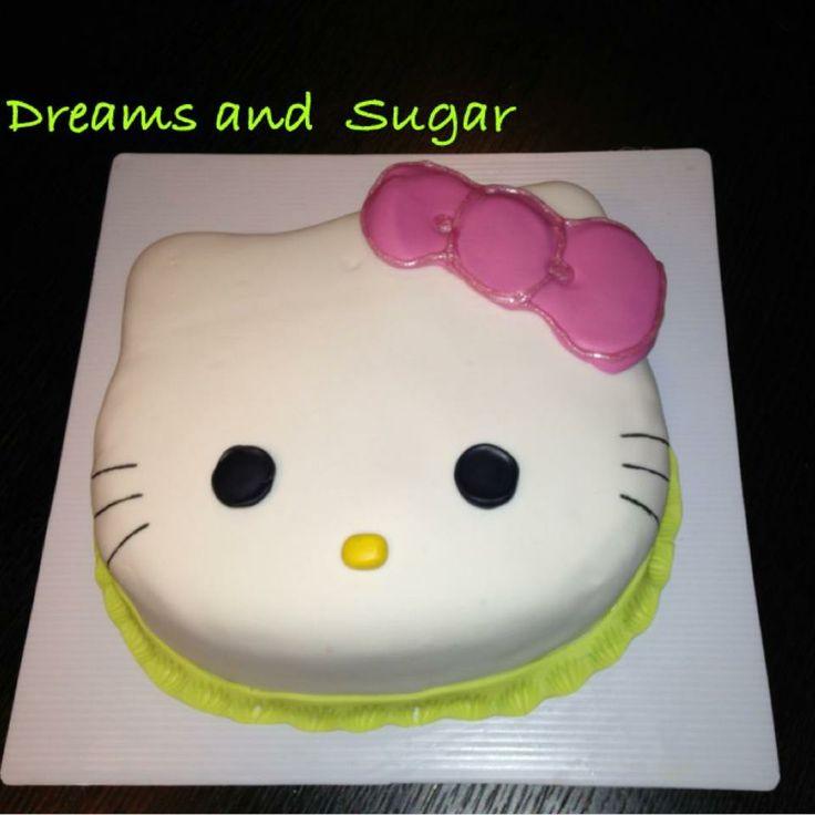 hello kitty cake !