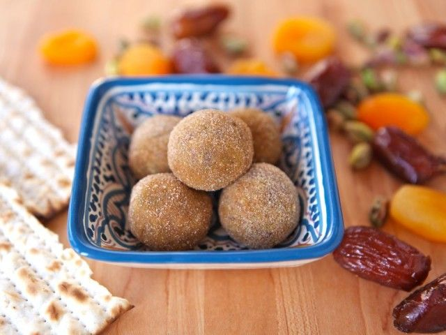 Sephardic Charoset Truffles from the Shiksa in the Kitchen--basically chopped dried fruit rolled in cinnamon and sugar. Sounds amazing.