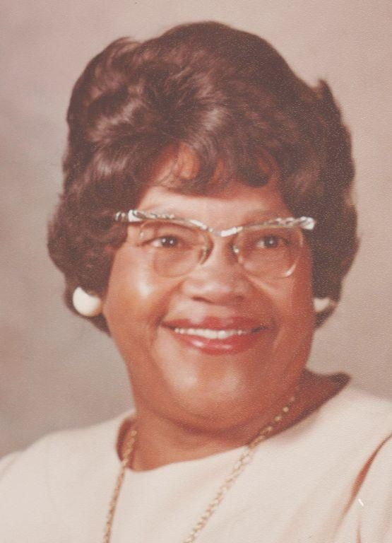 On the morning of May 1, 2017 at 1:50 a.m., the Lord called Ruth Lillian Thompson-Baker home.