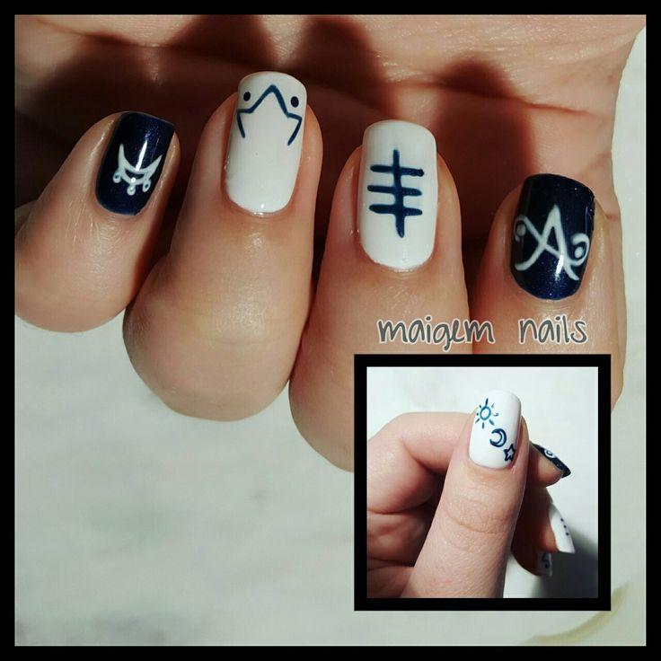 Symbol nails. @maigemnails on instagram