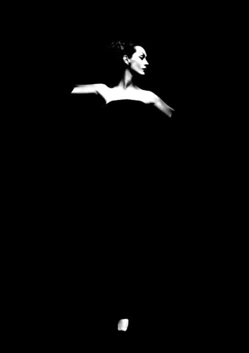 Dovima, Harper's Bazaar, Richard Avedon, vintage models, 1950s, photography
